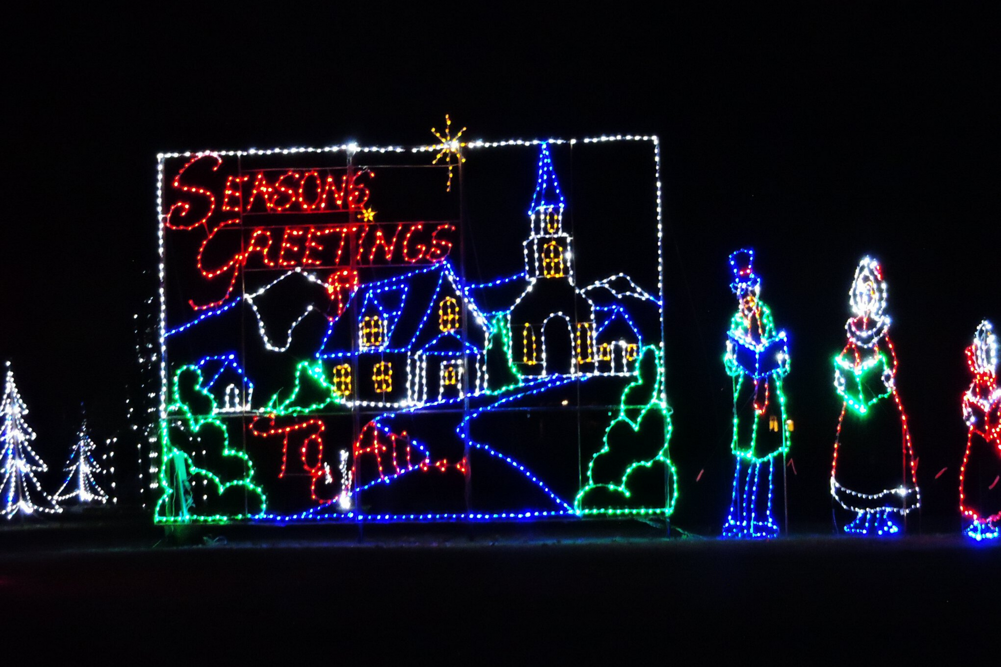 Must-See Christmas Lights in Massachusetts